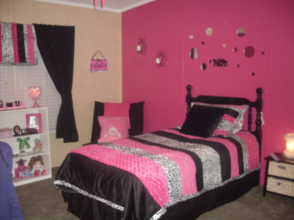 Rockin rooms girls for 8 year old room decor ideas